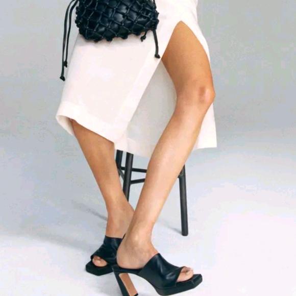 NWT Zara Leather Platform Heel Mules.